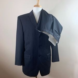 Jones New York Pinstripe Suit 42R